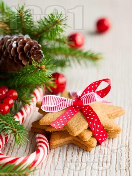 Коледни сладки с джинджифил  - снимка на рецептата